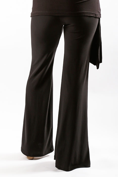 Side Tie Pants and Crowl Top Back_web